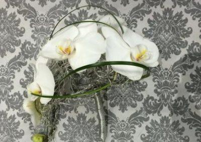 Le bouquet, chute d'orchidées