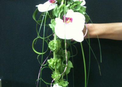 Le bouquet de la mariée, Entrelacs d'orchidées