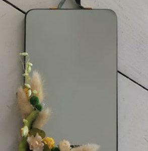 Miroir rectangle décoré de fleurs séchées